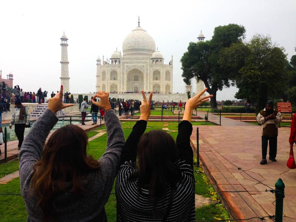 Taj-Mahal-building-of-love