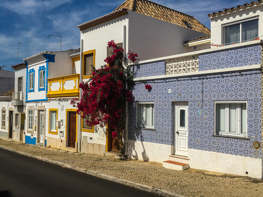 house-fronts-with-tiles-in-Tavira-Portugal