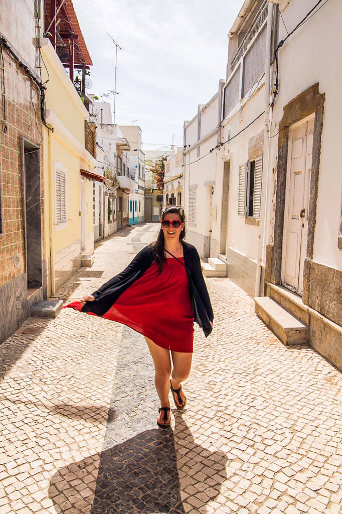 lost-in-the-streets-of-Olhão-Portugal