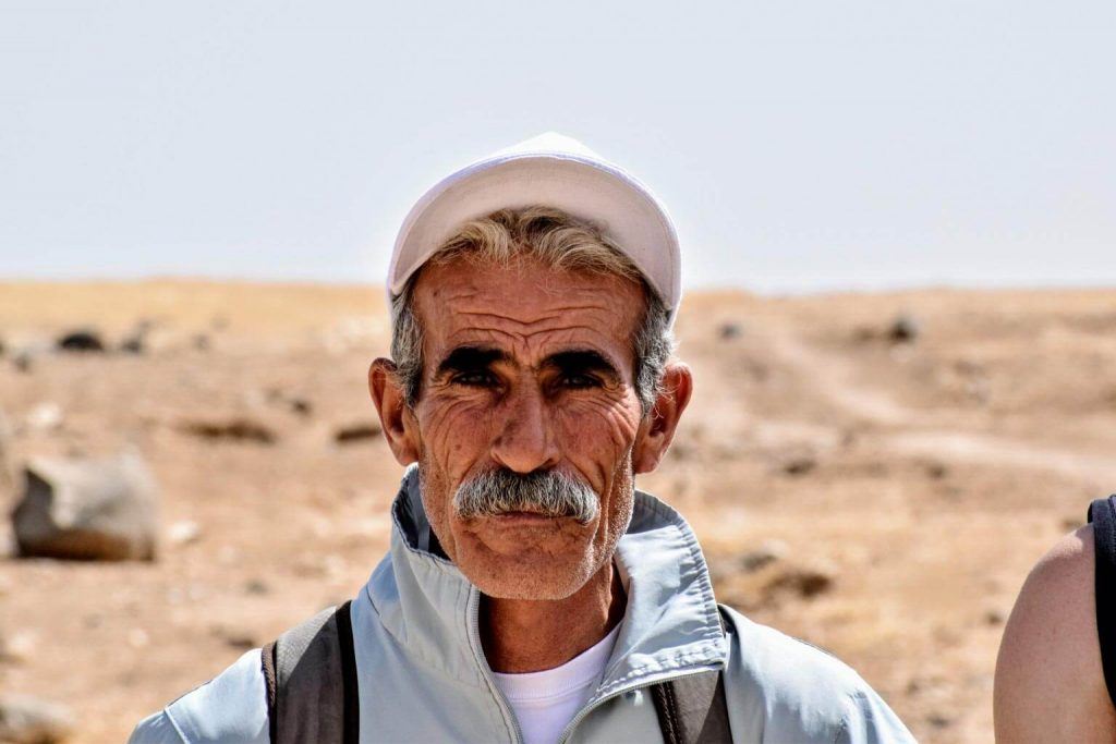 Jordan_local_guide-on-Jordan_Trail