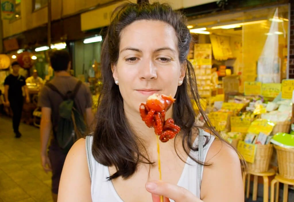 Eating-Octopus-at-Tsukiji-Fish-Market