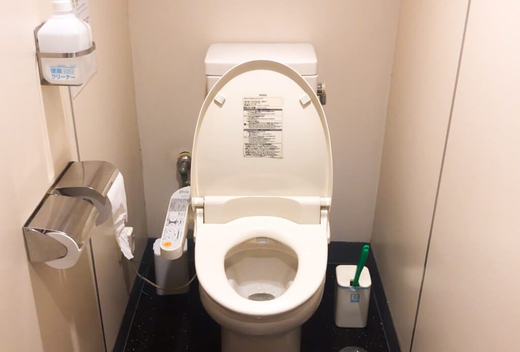 What you need to know before visiting Japan about toilets