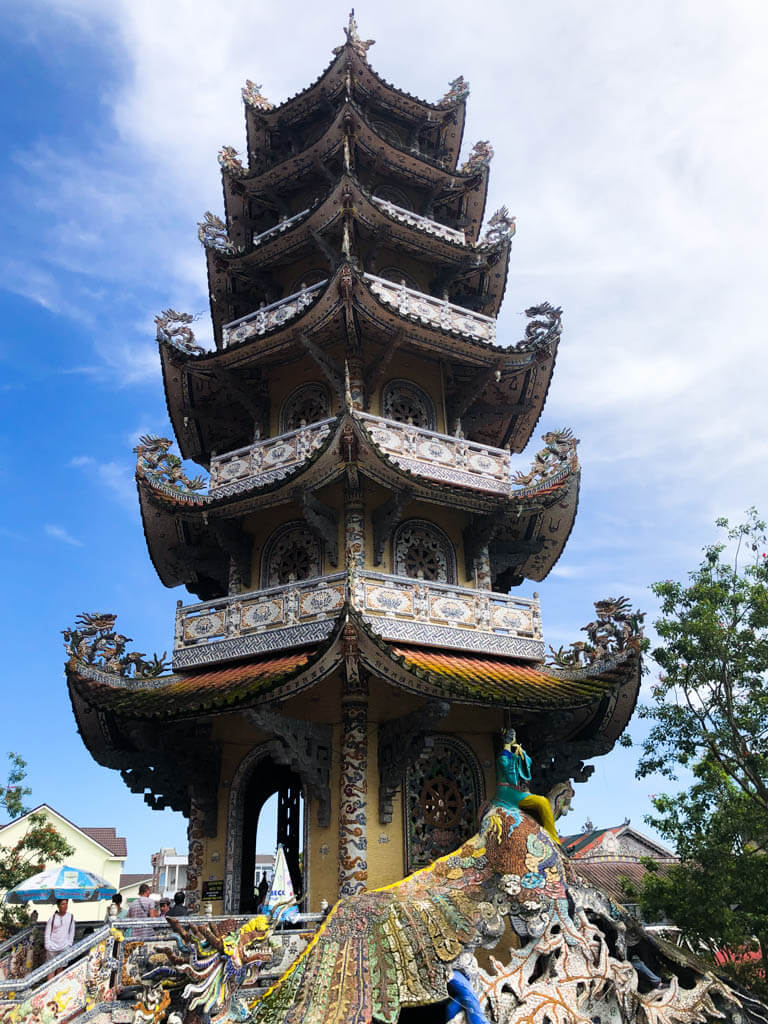 things-to-do-in-dalat-vietnam-Linh-Phuoc-Pagoda