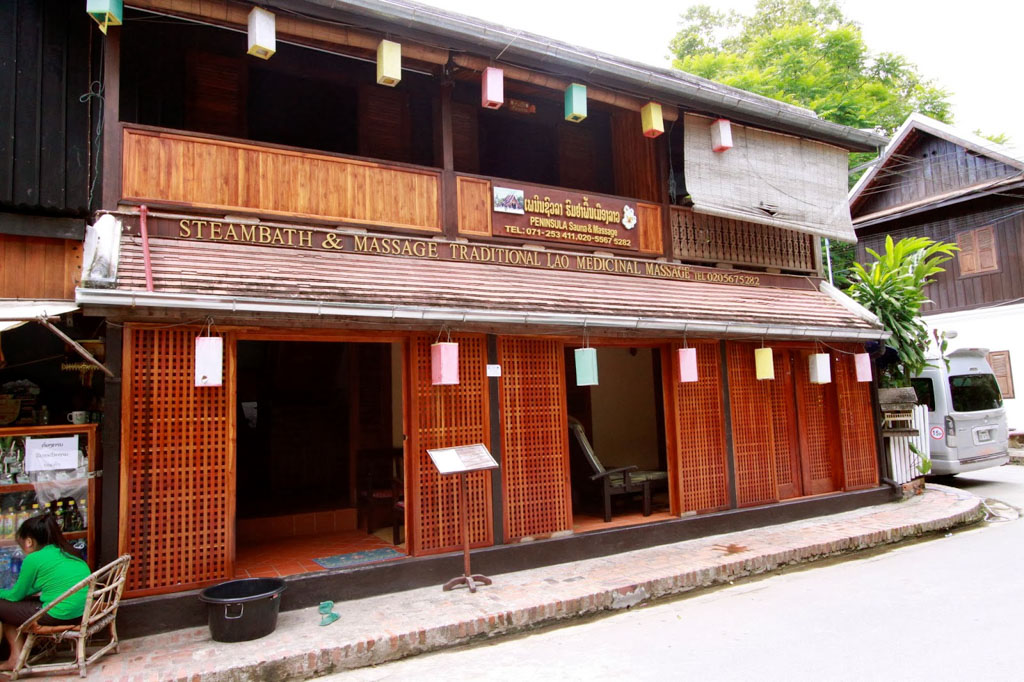 Traditional-Lao-Massage-Herbal-Sauna-in-Vientiane
